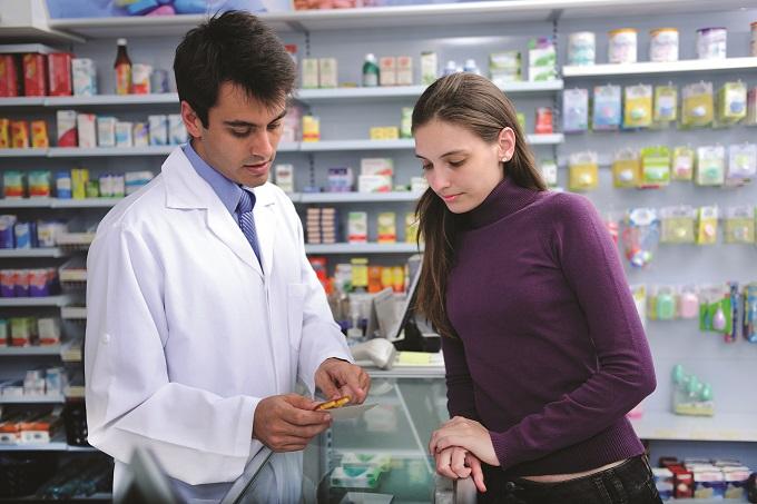assistencia-farmaceutica_foto-abertura_istock