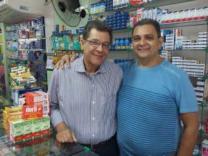 Marins e o empresário Denilson Lima da Silva, da Forte Farma, em Cabo Frio